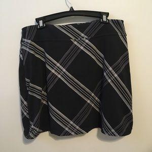 Athleta Plaid Tennis Skirt w/ Shorts | Extra Large